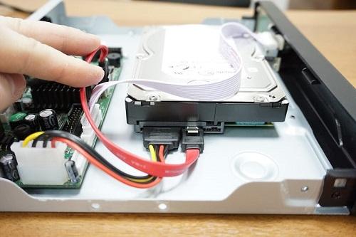 Настройка видеорегистратора для видеонаблюдения, подключение жесткого диска
