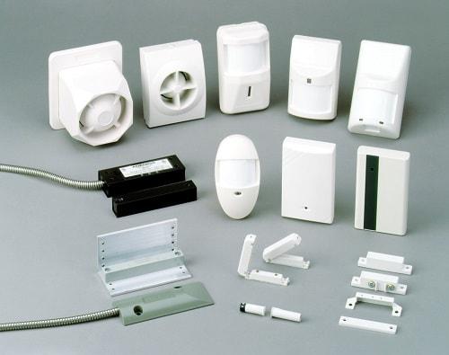 Для слежения за определенными зонами объекта используются сенсорные датчики