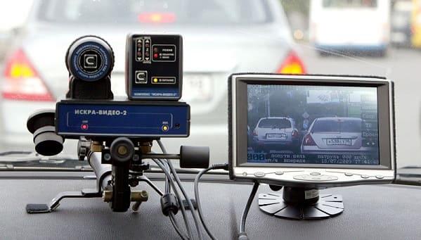 Мобильные – размещаются в транспортных средствах дорожной инспекции
