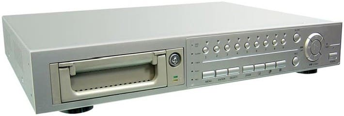 Старый аналоговый видеорегистратор