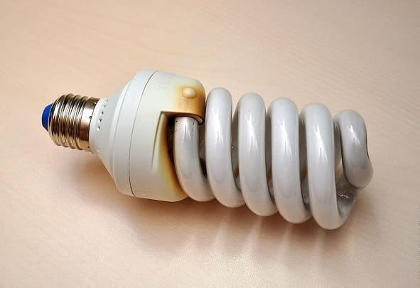 Почему перегорают люминесцентные лампы