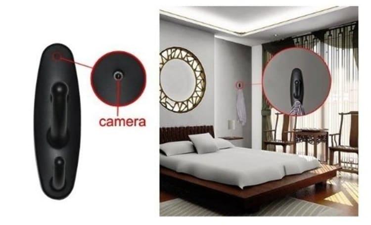 Скрытая камера видеонаблюдения в интерьере