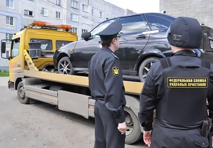 Могут ли судебные приставы забрать машину за долги и как этого избежать?