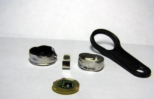 Ключ для домофона в разборе