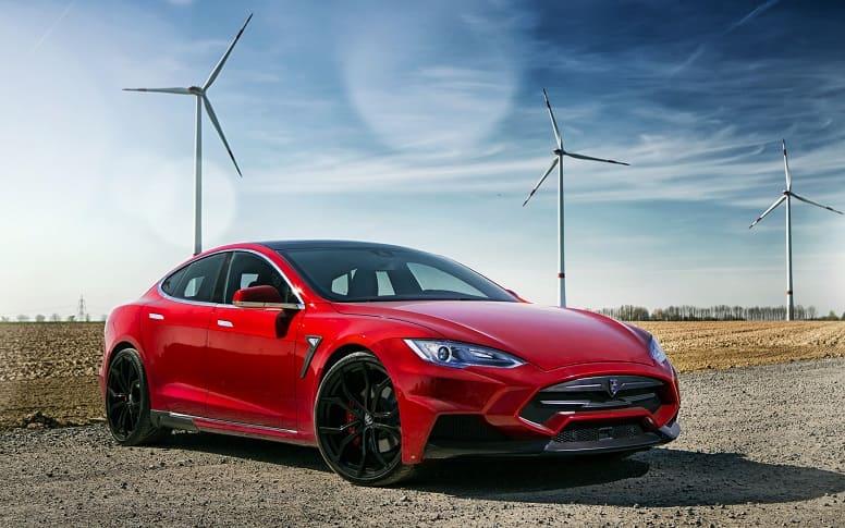 На что способен Tesla? Разработка электромобилей и IOT