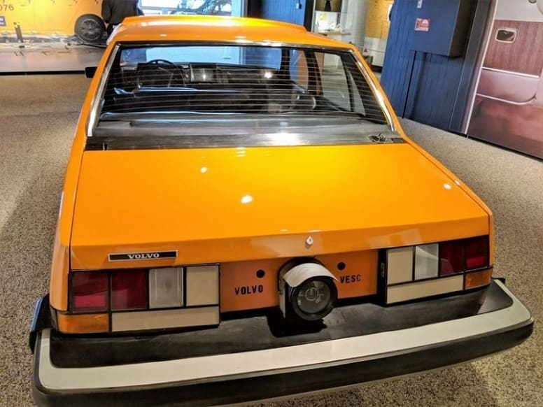Volvo Experimental Safety Car