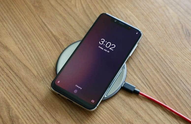 """Гениально: Беспроводная зарядка через NFC! Но есть одно """"но"""""""