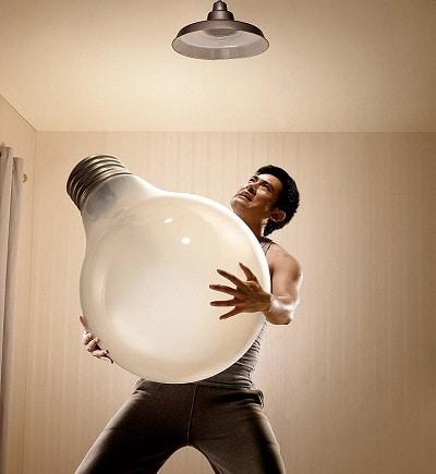 Как подслушать с помощью лампочки?
