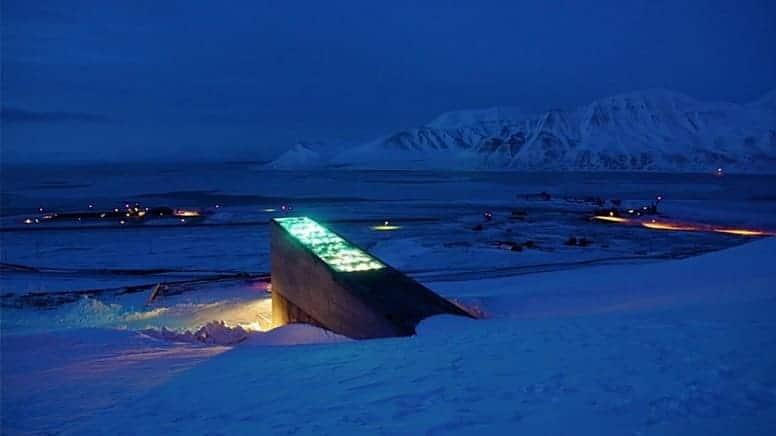 GitHub разместил гигантский архив программного обеспечения с открытым исходным кодом в арктическом хранилище