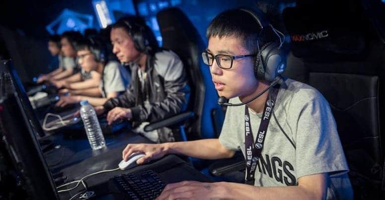 """""""Блогер"""" и """"Геймер"""" — теперь официальная профессия в Китае"""