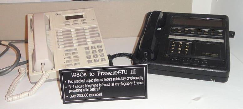 телефоны с шифрованием STU I, STU II и STU III