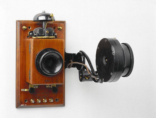 Томас Эдисон телефон