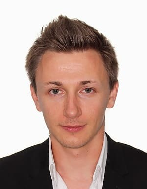 Максим Якубец