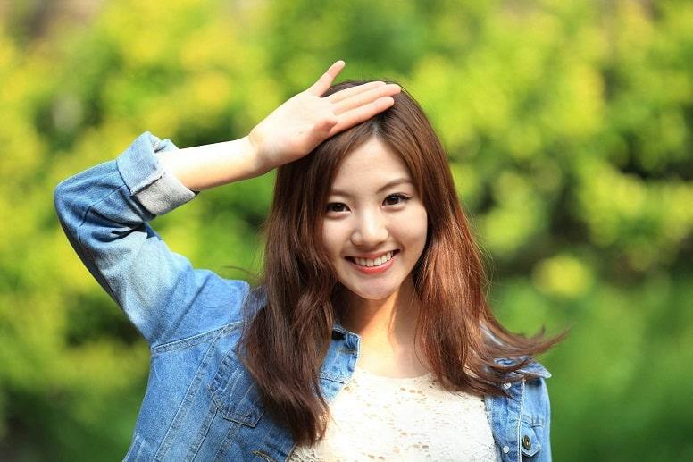 Покойная кореянка вернулась в виде виртуального аватара, чтобы пообщаться с мужем.