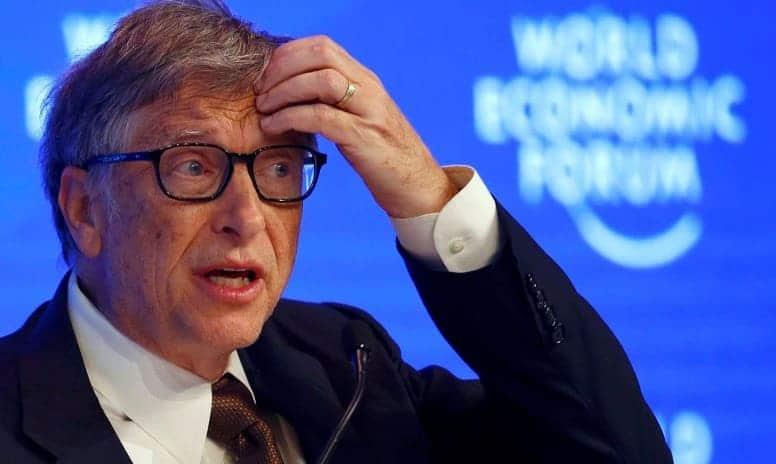 """Билл Гейтс удивлен нацеленными на него """"гнусными"""" теориями заговора"""