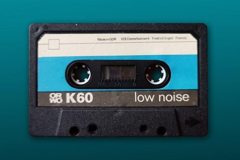 Первая серийная аудиокассета