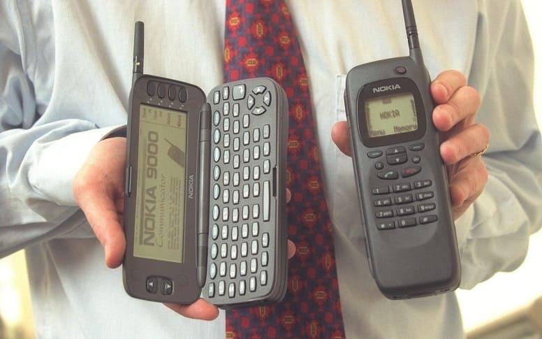 Смартфону Nokia 9000 исполняется 25 лет: из коммуникатора в универсал.
