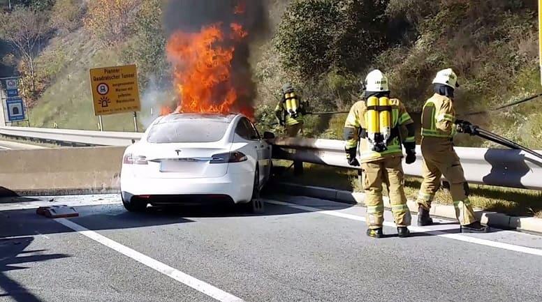 Пожары электромобилей: действительно ли электрокары опаснее авто с двигателями внутреннего сгорания?