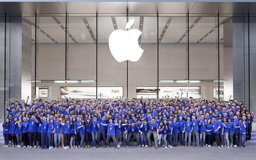 #AppleToo: Сотрудники организуются против дискриминации у производителя iPhone