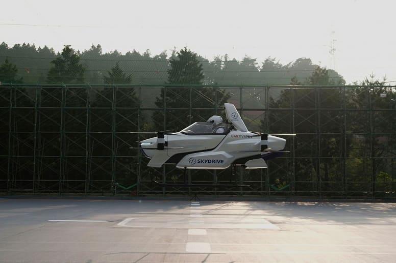 Массовое производство летающих автомобилей в Японии
