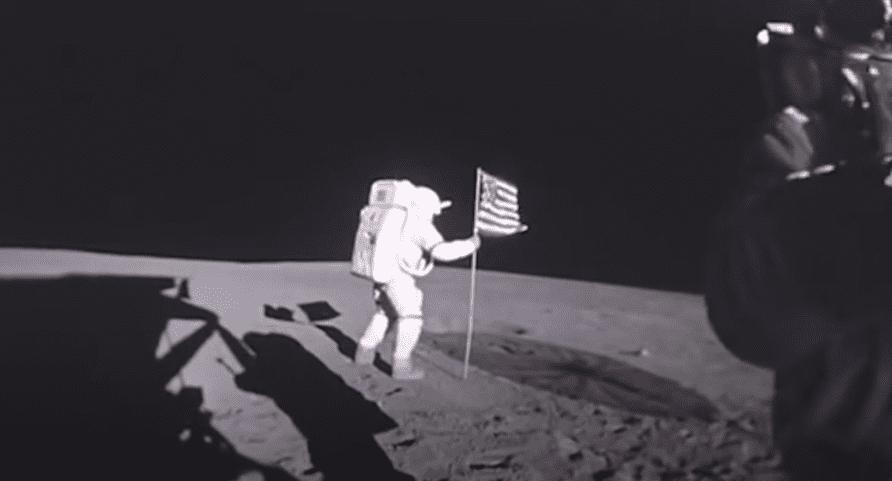 Высадка на Луну была фальсификацией